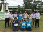นักเรียนได้รับเหรียญรางวัลจากการแข่งขัน กาฬสินธ์เกมส์